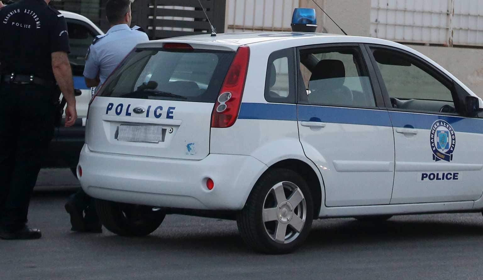 Χανιά: Πήγαινε στον τάφο της κόρη της και κινδύνεψε με 600 ευρώ πρόστιμο (video)