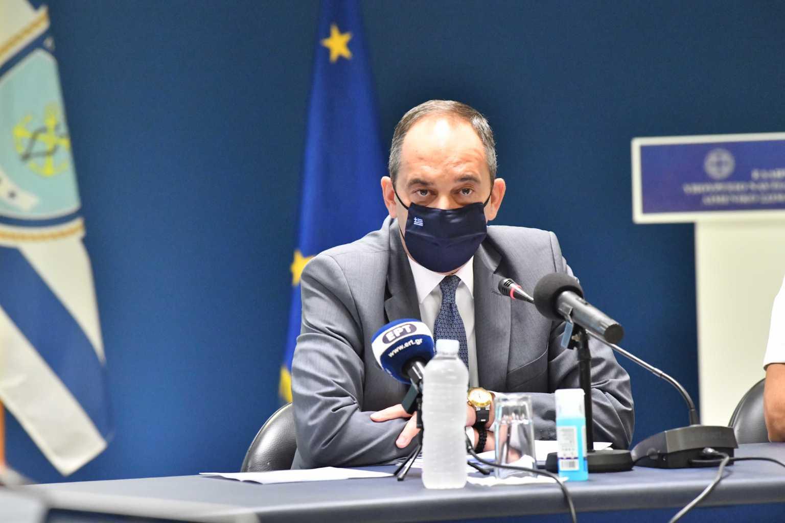 Κορονοϊός: Παραμένει εμπύρετος ο Γιάννης Πλακιωτάκης