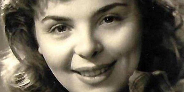 Έφυγε από τη ζωή η Δάφνη Σκούρα: Είχε συνεργαστεί με μεγάλα ονόματα της θεατρικής σκηνής