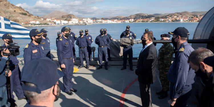 ΥΕΘΑ: Ο Νίκος Παναγιωτόπουλος επισκέφτηκε Μονάδες των Ενόπλων Δυνάμεων στη Λήμνο [pics]