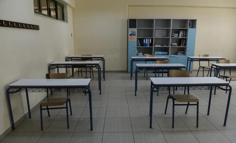 Σαρηγιάννης: Άνοιγμα σχολείων τέλη Γενάρη – Τρίτο κύμα τέλος Φλεβάρη