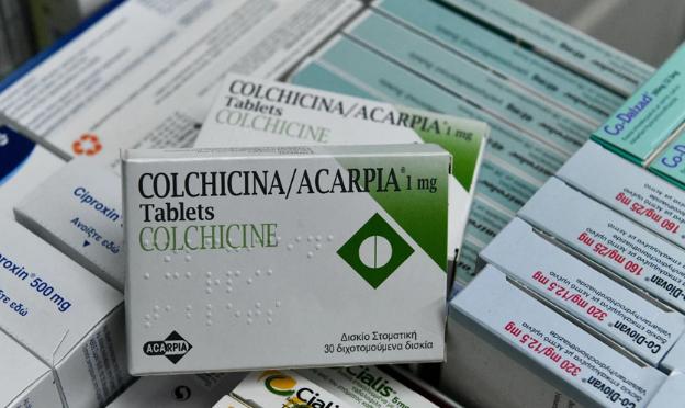 Παναγιωτακόπουλος: Η κολχικίνη δεν είναι το φάρμακο που θα μας σώσει από την COVID-19
