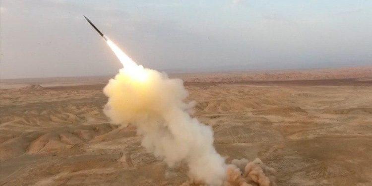 Ιράν: Επίδειξη δύναμης με πυραυλικές ασκήσεις μετά το show με τα drones [pics]