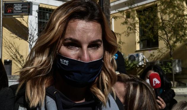 Σοφία Μπεκατώρου: Κατέθεσα για την προσωπική μου υπόθεση, ελπίζω και άλλες γυναίκες να βγουν να μιλήσουν