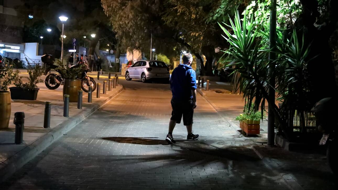 Bατόπουλος: Θα παραμείνει η απαγόρευση τη νύχτα