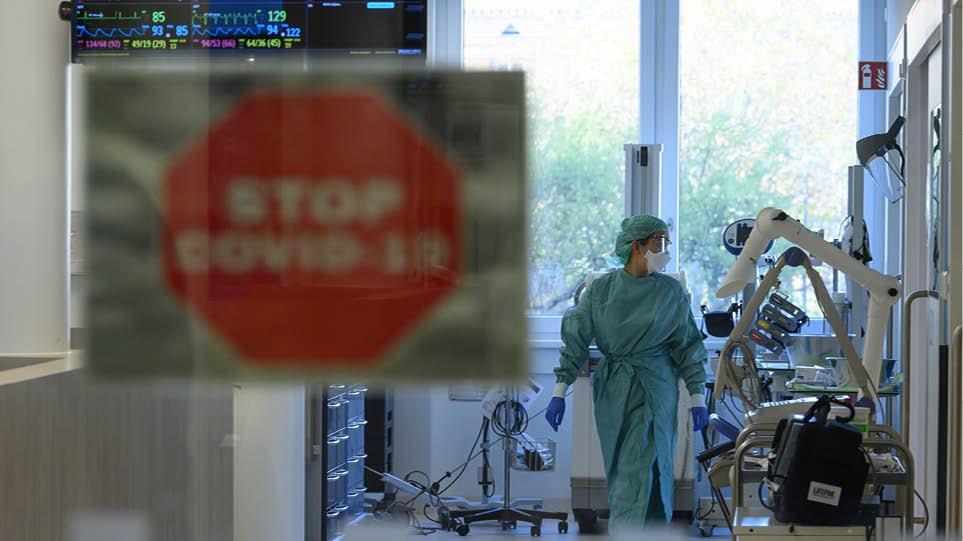 Κορωνοϊός: Ανησυχία ξανά για την Αττική – Σε 43 Περιφέρειες της χώρας «κυκλοφορεί» ο ιός