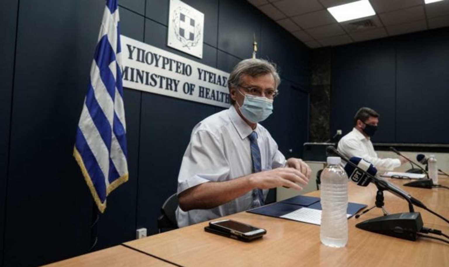 Τι απαντά η κυβέρνηση στις φήμες για τον Σωτήρη Τσιόδρα
