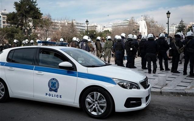 ΕΛ.ΑΣ.: Απαγορεύονται μέχρι την 1η Φεβρουαρίου οι συγκεντρώσεις άνω των 100 ατόμων