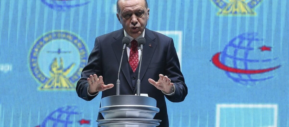Ο Ρ.Τ.Ερντογάν «δείχνει» τι έρχεται στις διερευνητικές: «Να σταματήσει η Ελλάδα τη στρατικοποίηση των νησιών»
