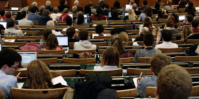 Ανατροπές στα ΑΕΙ: Βάση εισαγωγής, χρονικό όριο φοίτησης και αστυνομία πανεπιστημίων