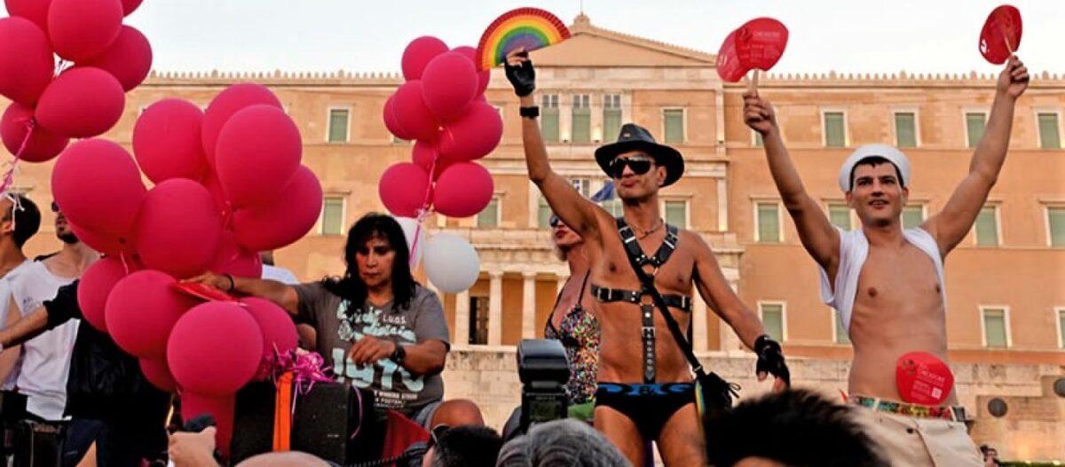 «Άοσμος» αλλά με... ροζ χρώμα ο τελευταίος ανασχηματισμός πριν τις εκλογές - Έχουμε τον πρώτο δηλωμένο gay υπουργό