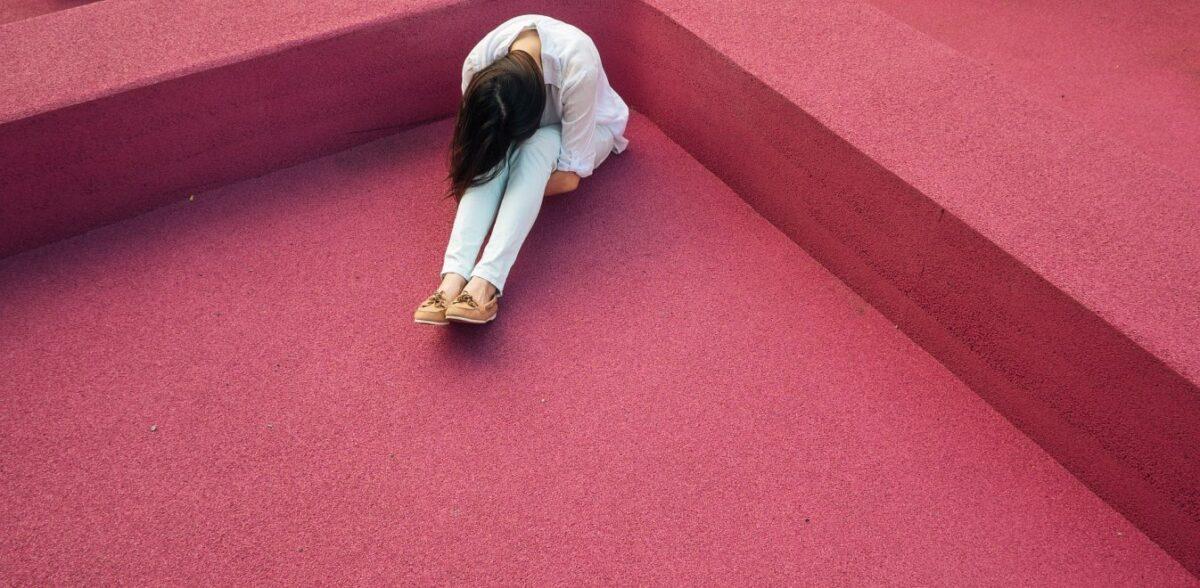 Φοιτήτρια ΑΠΘ: Ελεγα «όχι» στον καθηγητή, με έκοβε και εγκατάλειψα τη σχολή