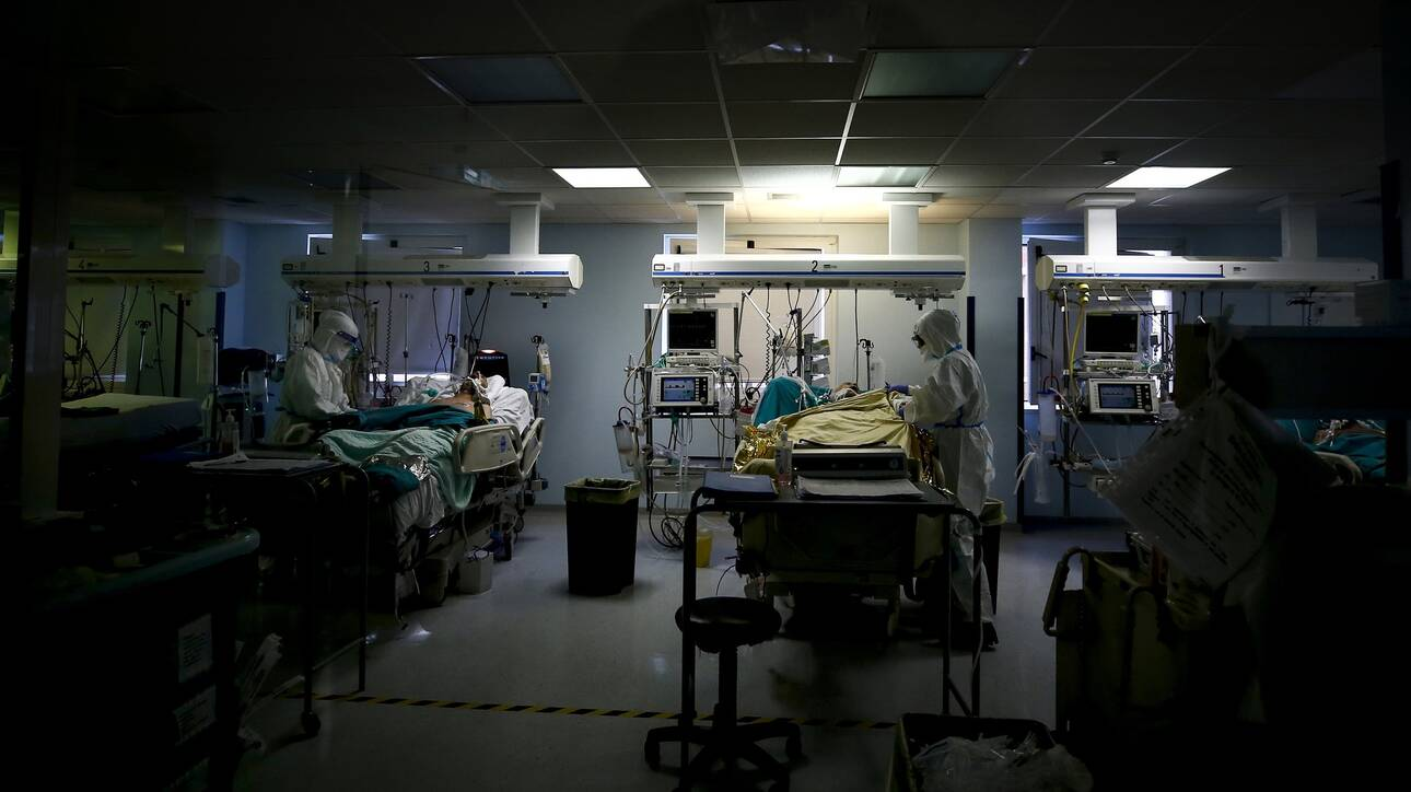 Κορωνοϊός: 800 νέα κρούσματα, 362 διασωληνωμένοι, 32 θάνατοι