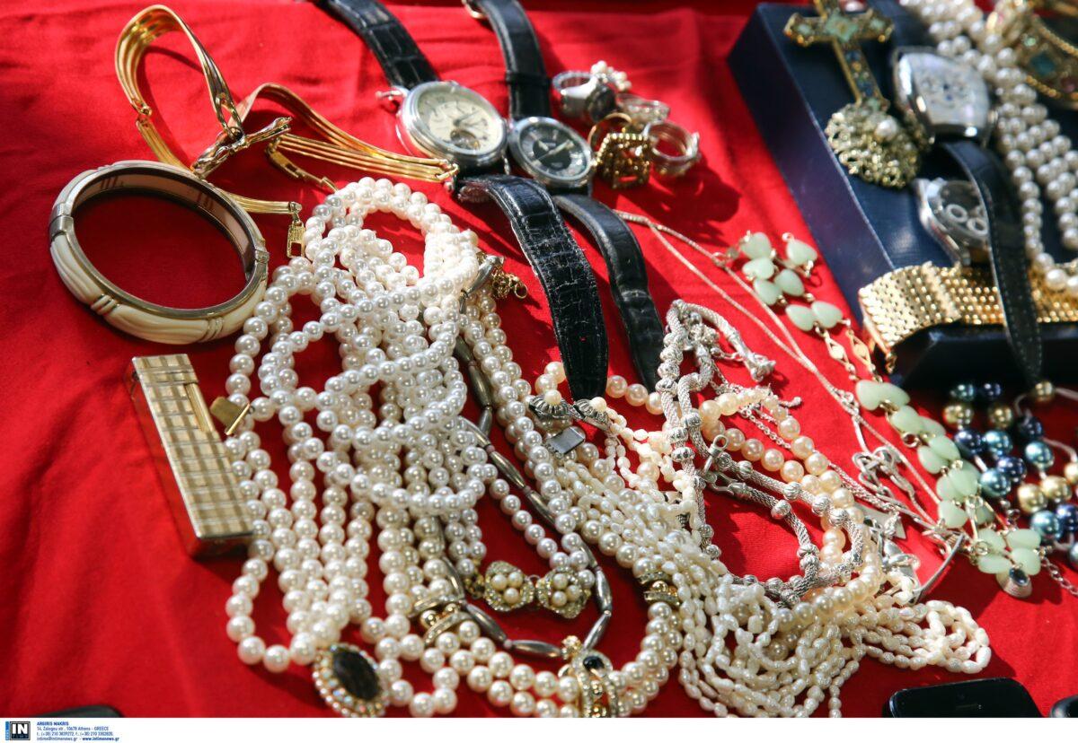 Διάρρηξη «μαμούθ» στην Κηφισιά: Κοσμήματα μεγάλης αξίας έκαναν «φτερά»