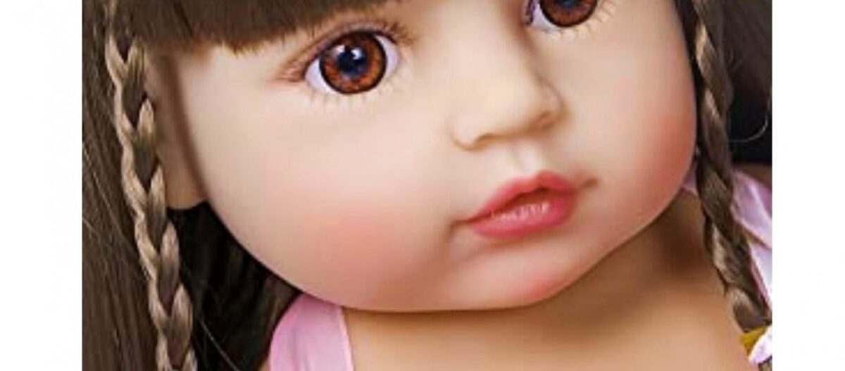 Αδιανόητη αγγελία στο Amazon: Παιδικές «κούκλες για παιδεραστές» με «μωρουδίστικα χείλη, τρυφερά και μαλακά»!
