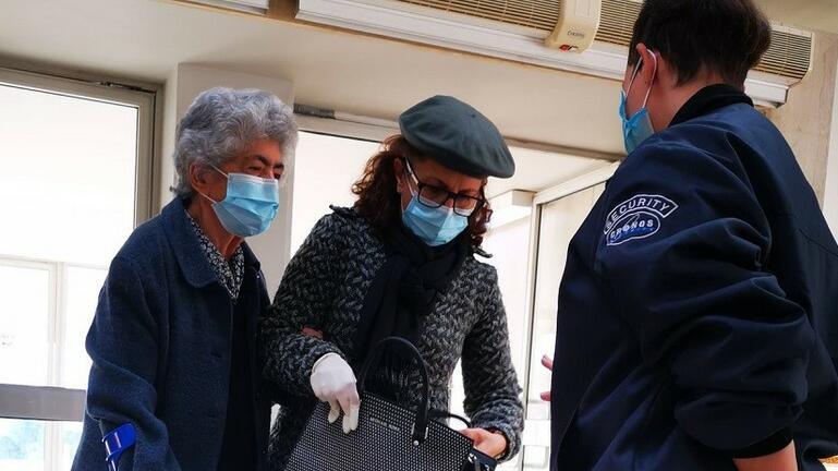 Ξεκίνησαν οι εμβολιασμοί για τους άνω των 85 στην Κρήτη – Δείτε φωτογραφίες