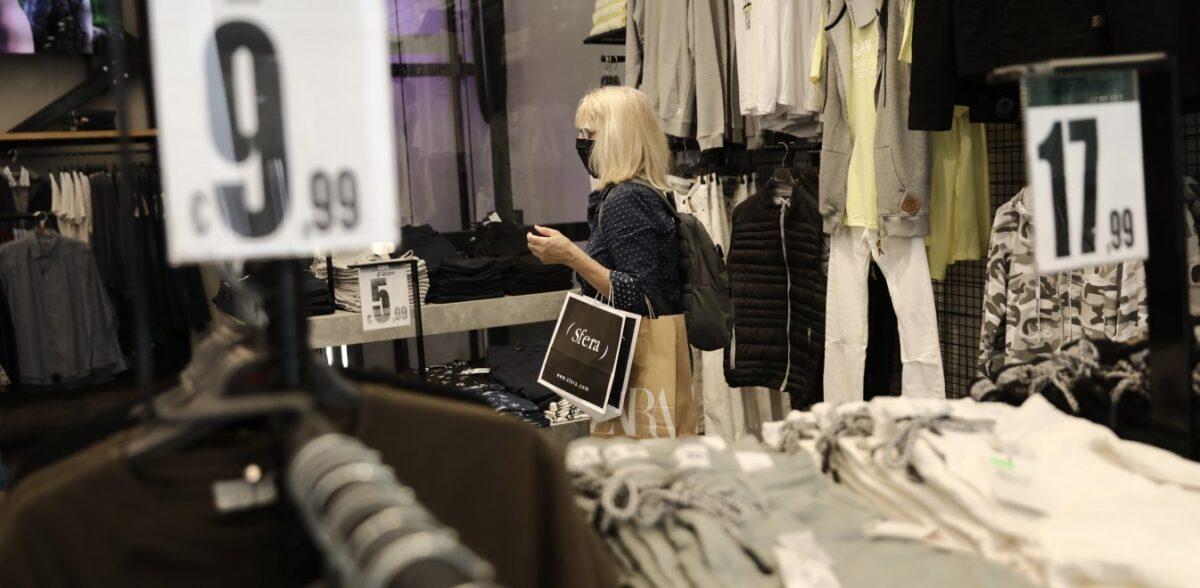 Ετοιμο το λιανεμπόριο: Πώς μπαίνουμε στα καταστήματα, οι φόβοι για κρούσματα