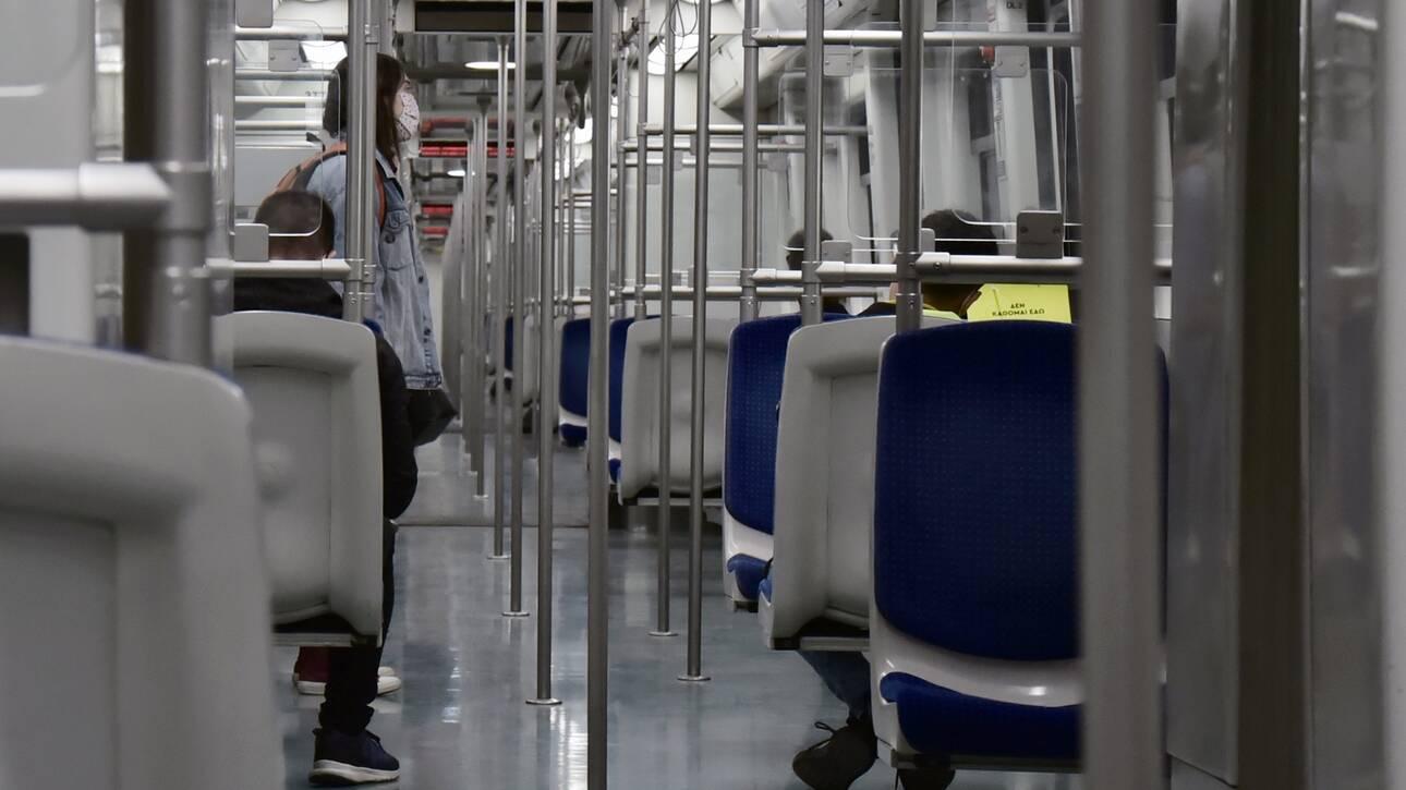 Κορωνοϊός: Μυστικοί... επιβάτες στα μέσα μεταφοράς - Ποια είναι η αποστολή τους