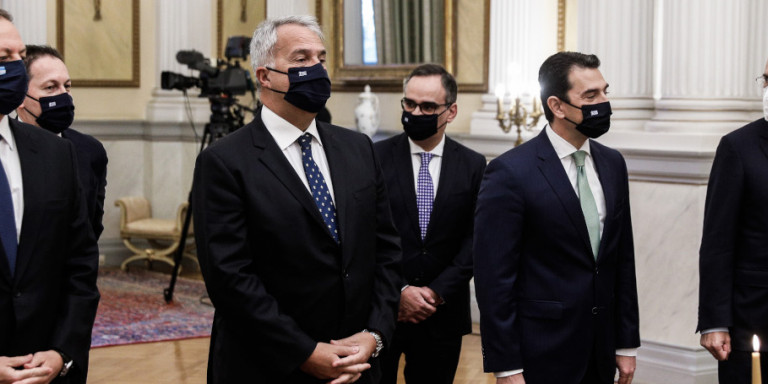Live: Σε τρεις ομάδες και με rapid test η ορκωμοσία των νέων υπουργών και υφυπουργών