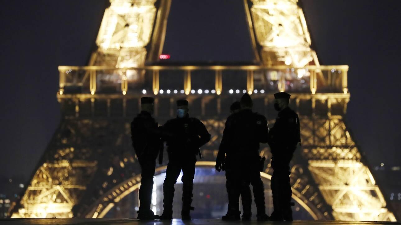 Κορωνοϊός - Γαλλία: Αυστηρότερα μέτρα και νωρίτερη απαγόρευση της κυκλοφορίας