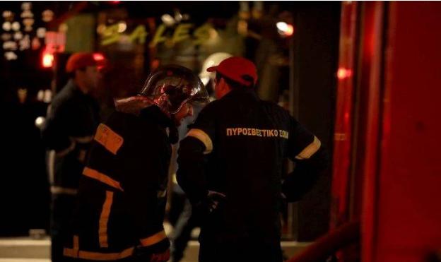 Φωτιά σε διαμέρισμα στην Κυψέλη – Απεγκλωβίστηκε ηλικιωμένη χωρίς τις αισθήσεις της