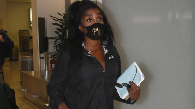 Survivor 4: Επέστρεψε η Ελίζαμπεθ Ελέτσι – Φωτογραφίες από το αεροδρόμιο