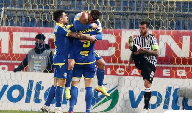 Ο Αστέρας νίκησε τον ΠΑΟΚ και εξασφάλισε τη συμμετοχή στα πλέι οφ