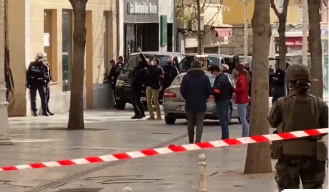 Φρίκη στη Γαλλία: Βρέθηκε κομμένο κεφάλι στο κέντρο της Τουλόν