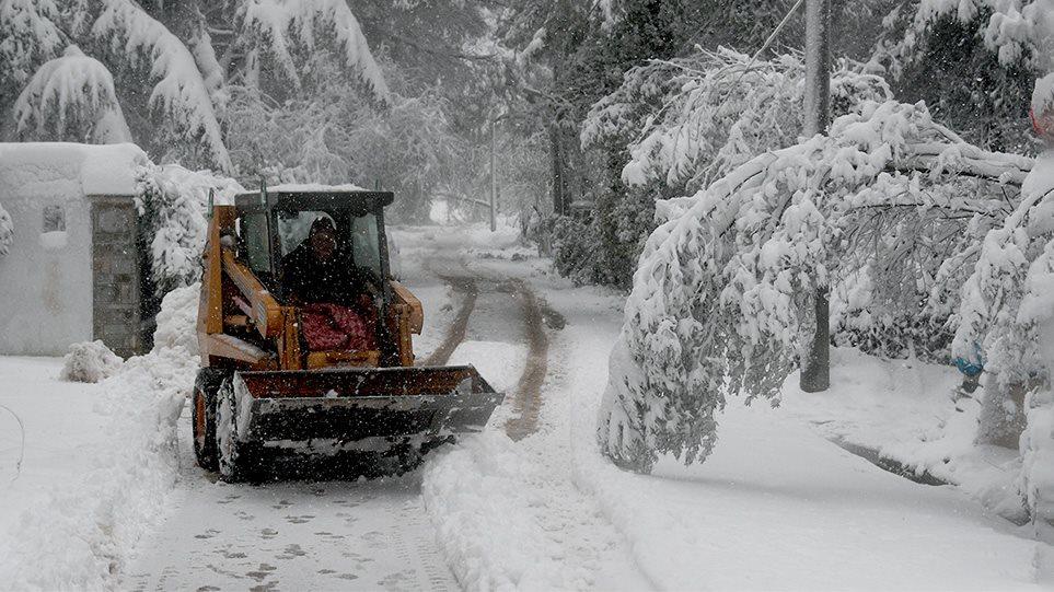 Κακοκαιρία «Μήδεια»: Ημέρα χιονιά η Τρίτη σε Αττική, Εύβοια, Βοιωτία και Κρήτη