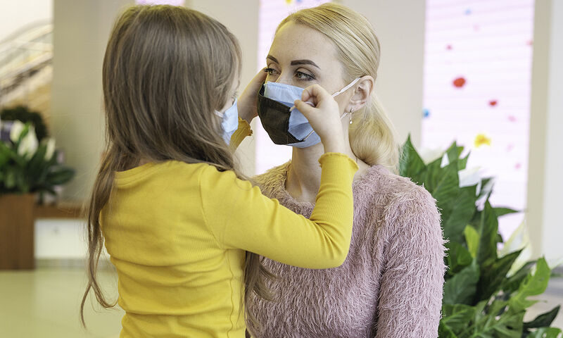 Κορονοϊός: Από τι εξαρτάται η αποτελεσματικότητα της χρήσης μάσκας