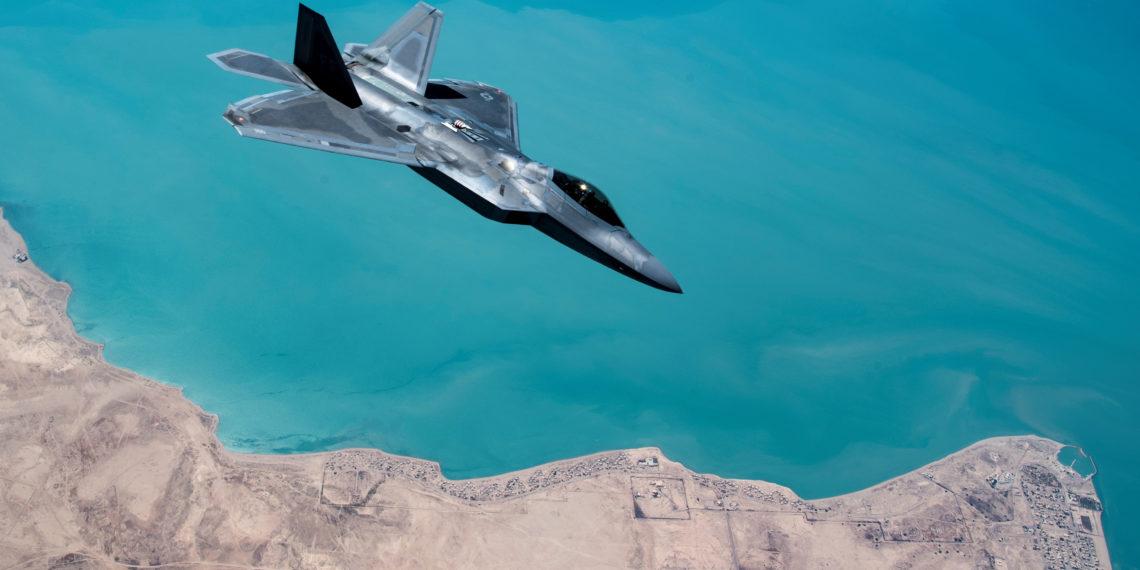 F-22: Ολοκληρώθηκε τρομερό πρόγραμμα δομικών αναβαθμίσεων σε 247 stealth μαχητικά [pic]