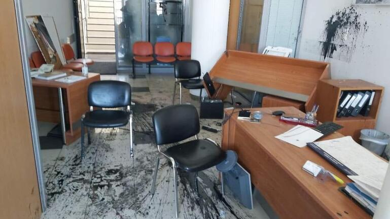 Δύο συλλήψεις για την επίθεση στο γραφείο του Λ. Αυγενάκη