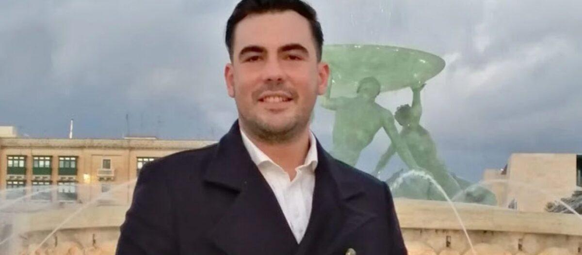 Το στέλεχος της ΟΝΝΕΔ που έκανε την ανάρτηση για τα Ίμια εντάχθηκε στους «Έλληνες για την Πατρίδα» του Η.Κασιδιάρη