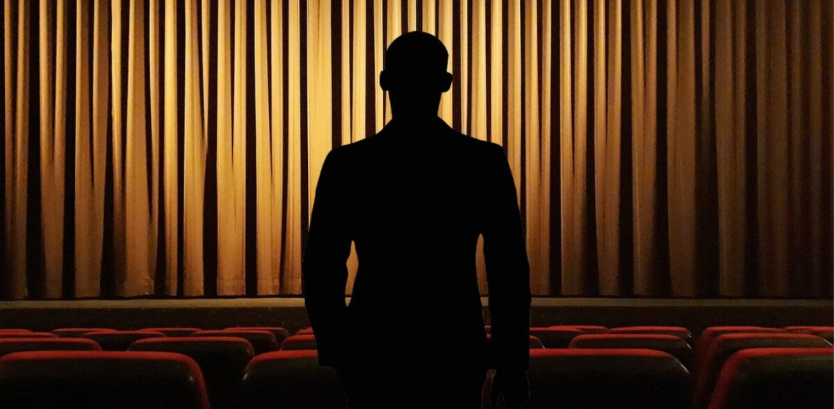 Γυναίκα «κλειδί» κατέθεσε νέα στοιχεία για την υπόθεση γνωστού ηθοποιού - σκηνοθέτη