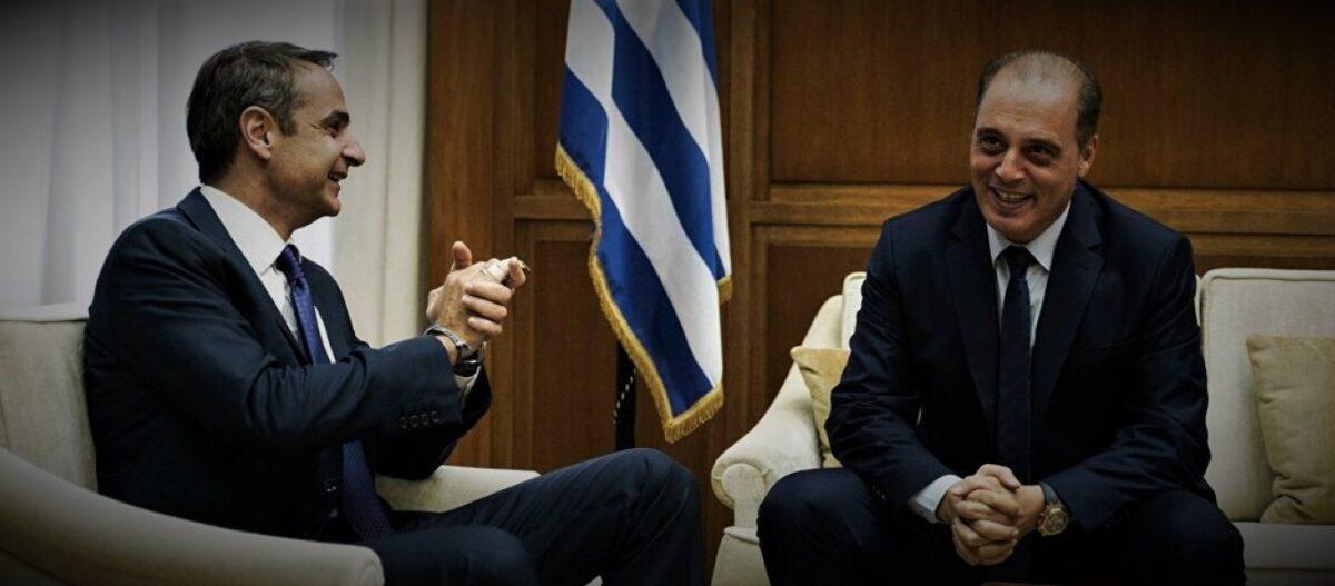 Προσέγγιση K.Bελόπουλου με Κ.Μητσοτάκη – Η Ελληνική Λύση υπερψήφισε το «ακραίο» ν/σ για ΑΕI – Πρόβα συγκυβέρνησης; (upd)