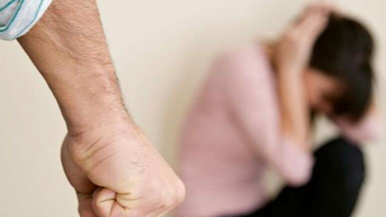 Χειροπέδες σε 35χρονο μετά από καταγγελία της πρώην συντρόφου του