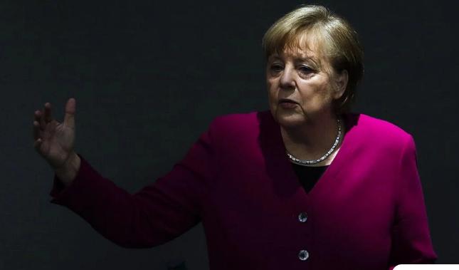 Ο Γερμανός πρέσβης εξήγησε τον λόγο που η Μέρκελ δεν έστειλε συγχαρητήριο μήνυμα για την επέτειο της 25ης Μαρτίου