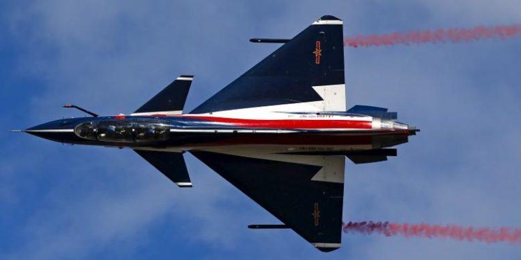 J-10: Το «καμάρι» της Πολεμικής Αεροπορίας της Κίνας που «ανταγωνίζεται» το F-16 [vid]