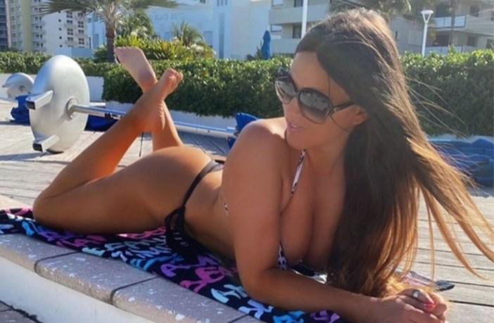 Η Ιταλίδα που τρελαίνει το ανδρικό κοινό στο Instagram με τα οπίσθια της!
