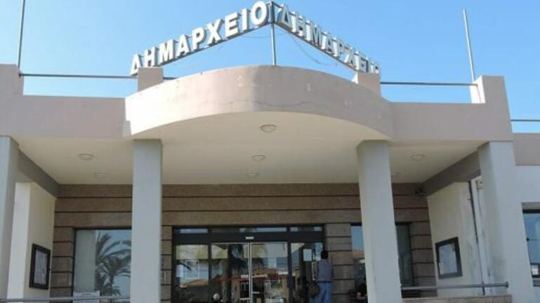 Δήμος Πλατανιά: Απαλλαγές τελών σε επαγγελματίες και επιχειρήσεις του τουρισμού