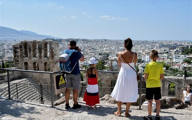 Βρετανία – Γερμανία ανεβάζουν τις προσδοκίες για τον τουρισμό