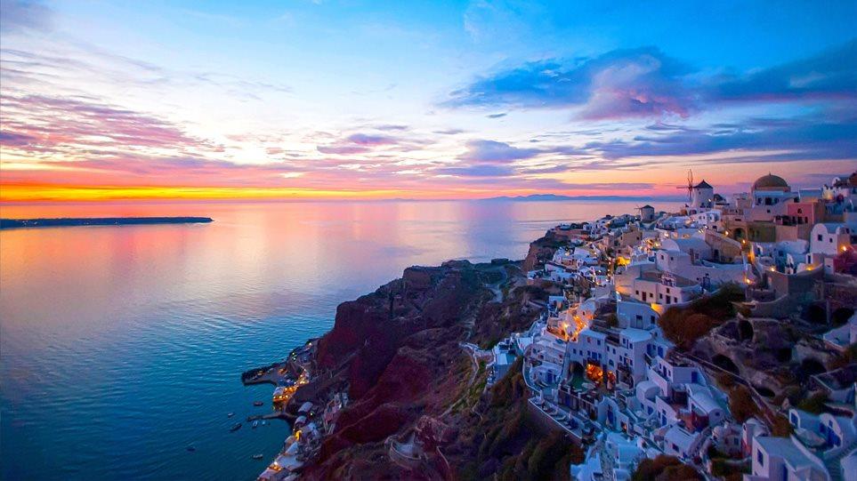 Χάρης Θεοχάρης για τουρισμό: Μπορεί ν' ανοίξουμε και πριν τις 14 Μαΐου