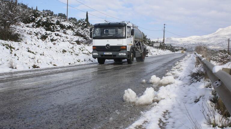 """Με χιόνια """"αφήνει"""" ο Μάρτιος την Κρήτη"""