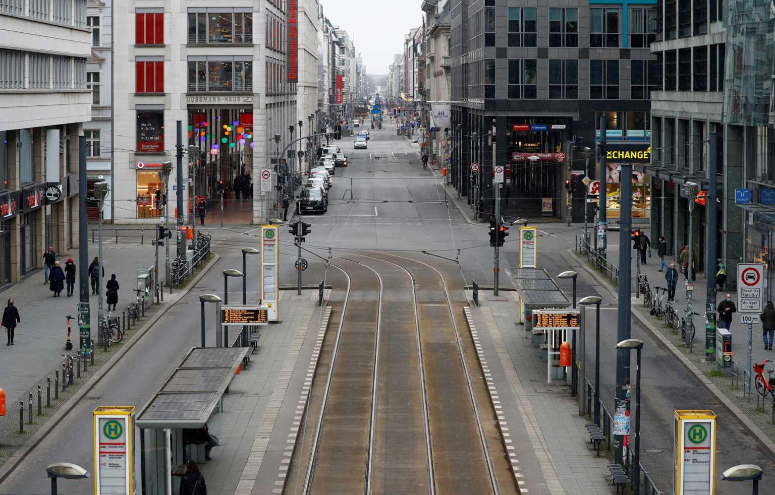 Γερμανία – κορονοϊός: Η πλειοψηφία των πολιτών θέλει χαλάρωση του lockdown