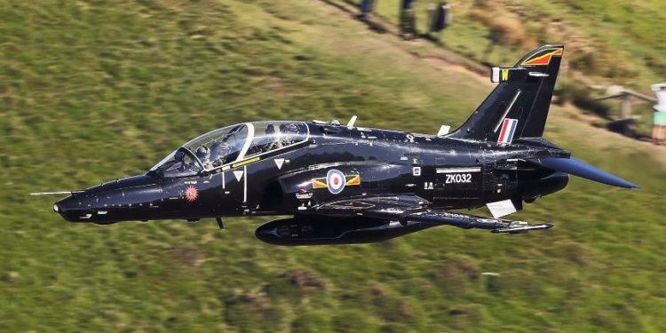 Βρετανία: Αεροσκάφος του Βασιλικού Ναυτικού συνετρίβη κοντά στη βάση της Κορνουάλης