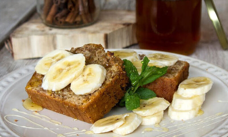 Άκης Πετρετζίκης: Κέικ με δημητριακά