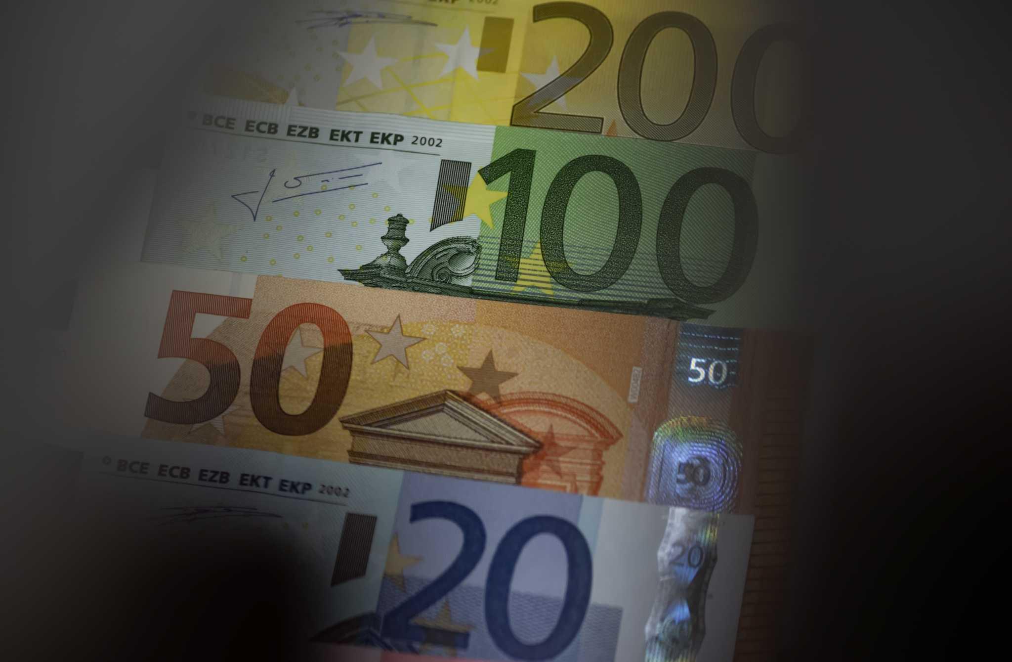 Πρόταση της Κομισιόν για επιπλέον 2,5 δισ. ευρώ στην Ελλάδα λόγω COVID-19