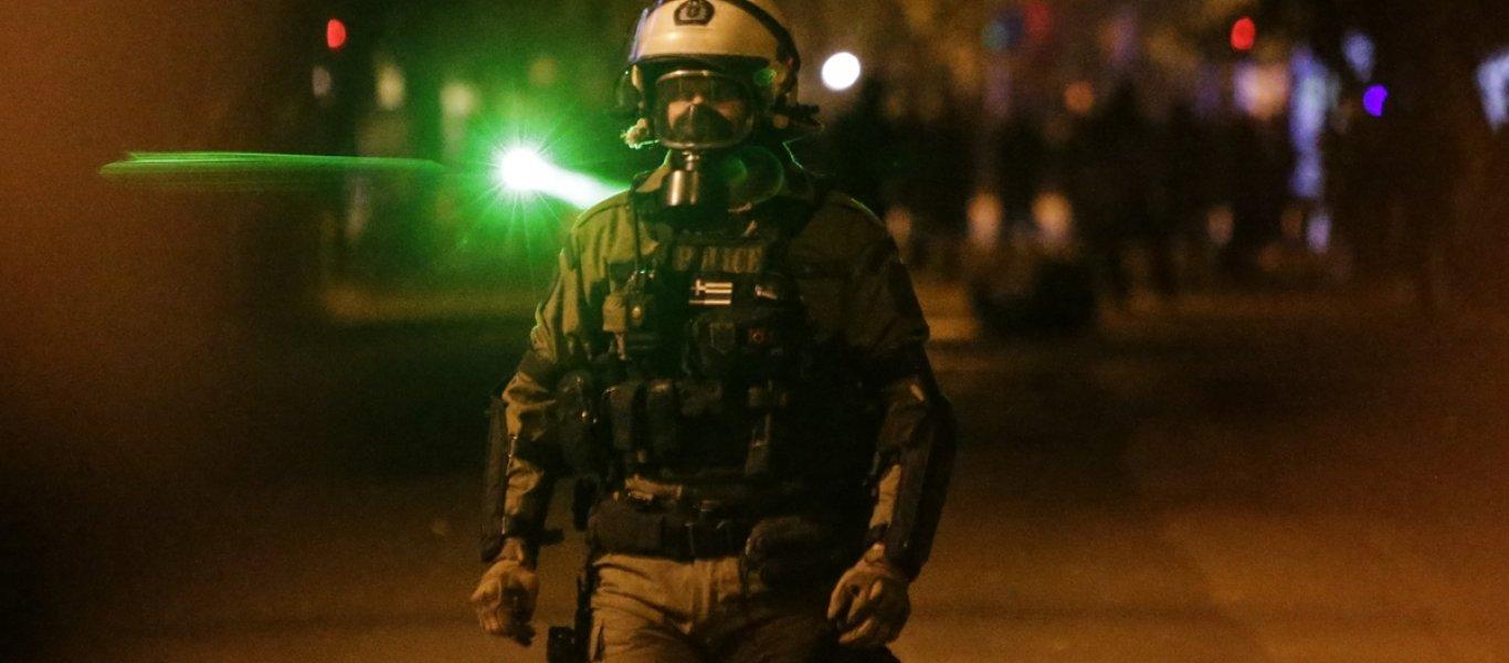 Καταγγελία: Αστυνομικοί της ομάδας Δράση σπάνε αυτοκίνητο στην Πανόρμου