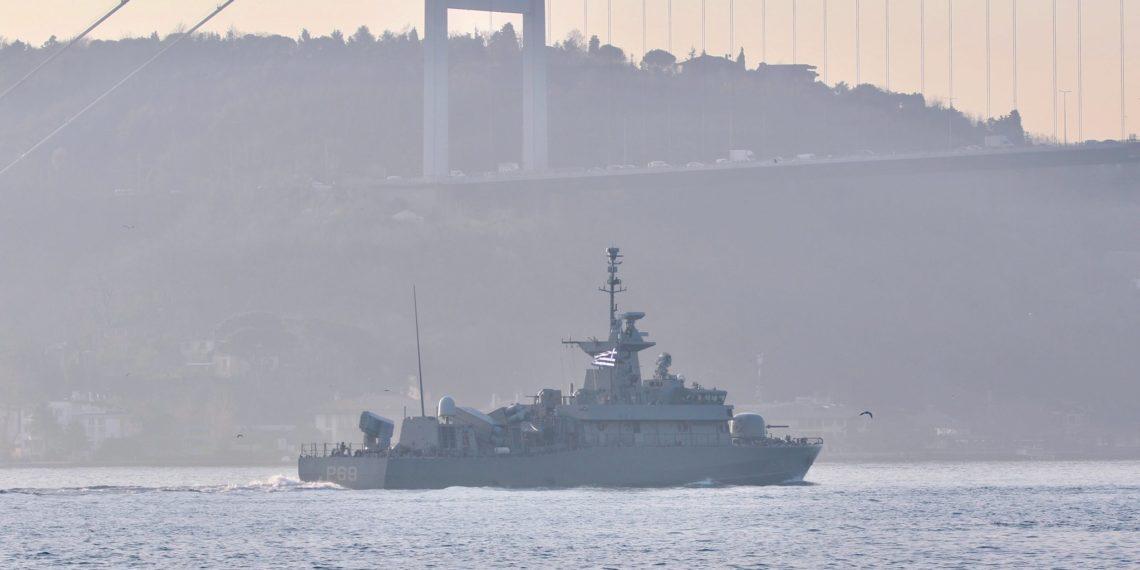 ΤΠΚ Κρυσταλλίδης: Η διέλευση της ελληνικής πυραυλακάτου στα Στενά του Βοσπόρου [pics]