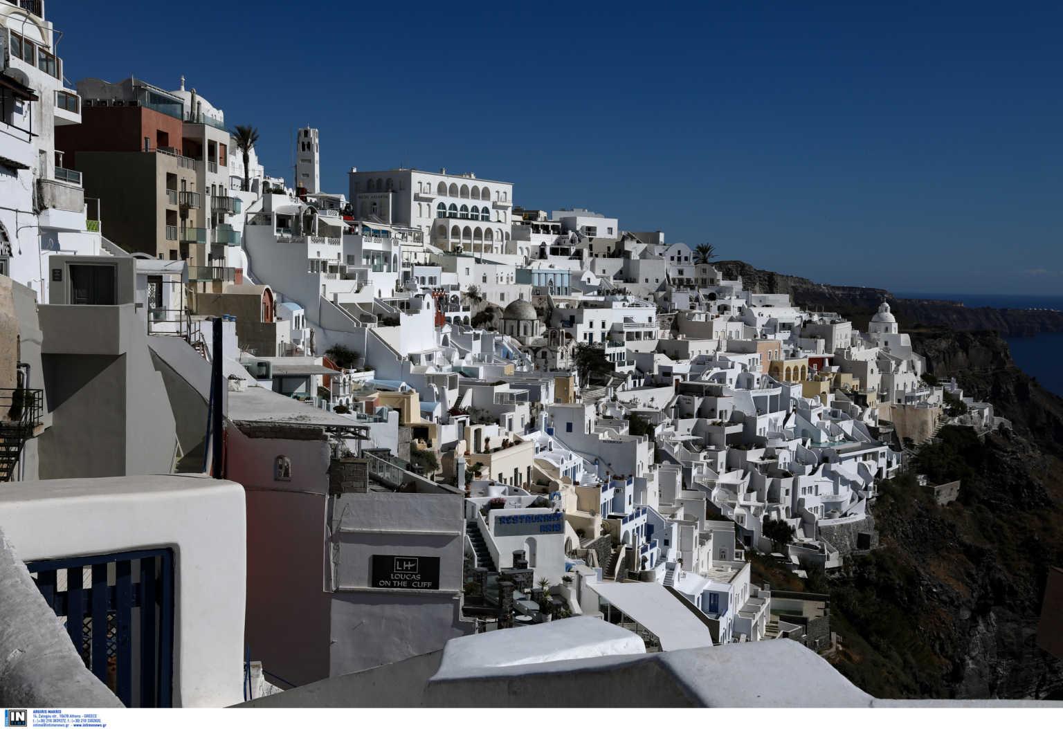 Πόλεμος στην Μεσόγειο για τους τουρίστες – Ποιες χώρες θα ανοίξουν από τον Μάιο τα σύνορά τους
